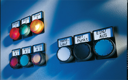 Labeling of push-buttons and signal lamps